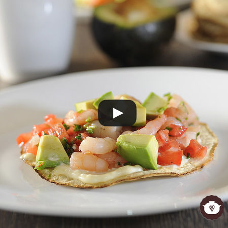 Tostadas de camarón a la mexicana