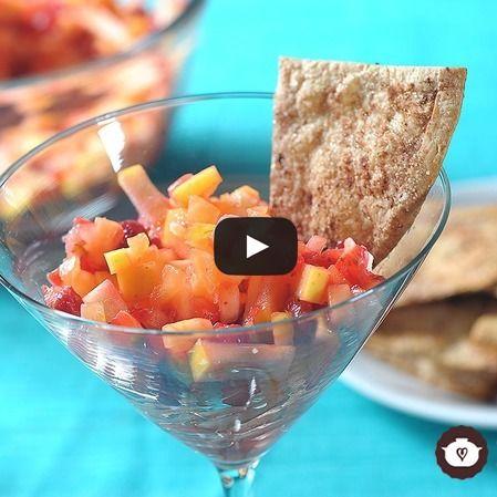 Ensalada de fruta con crujiente de canela