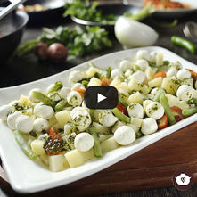Ensalada de verduras con pesto