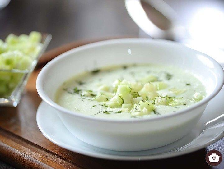 Sopa fría de pepino con yogur