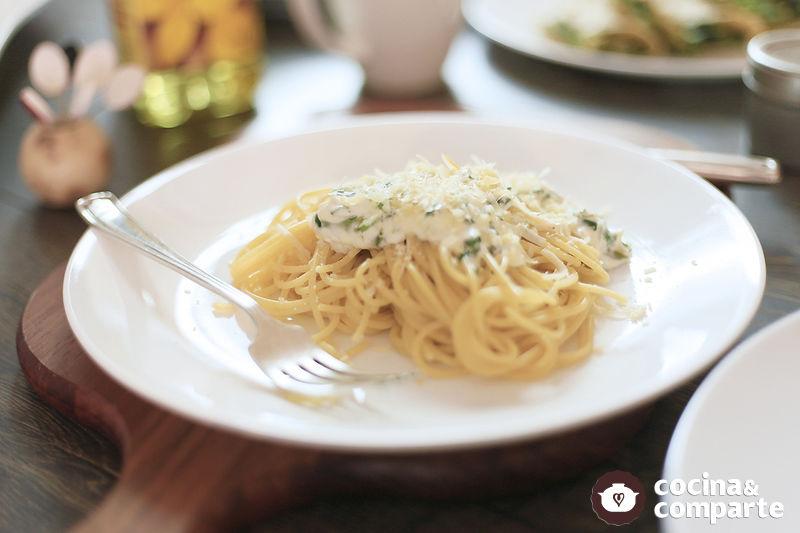 Spaghetti al cilantro