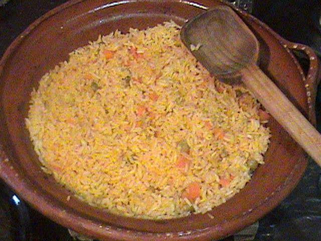 Sopa de arroz rojo
