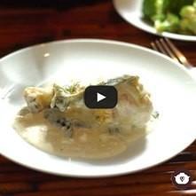 Pollo en salsa de elote con rajas