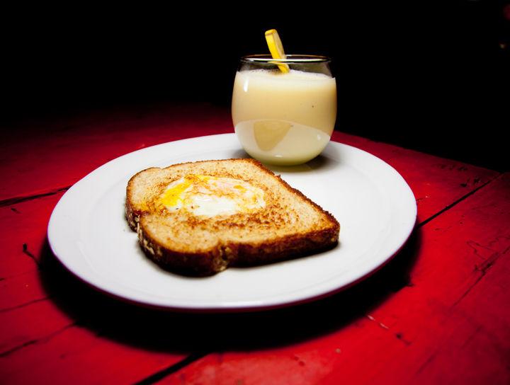 Huevos en Canasta