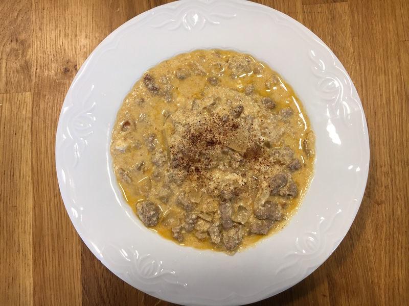 Shakrieh, guiso de carne y yogur