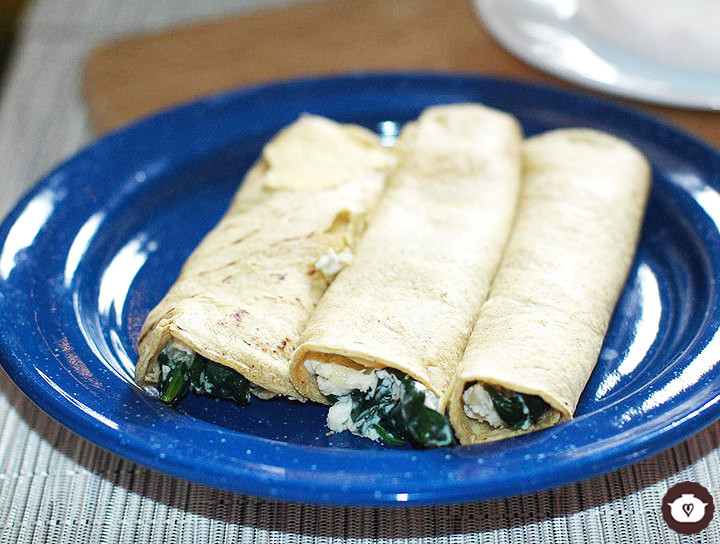 Tacos de espinaca con requesón