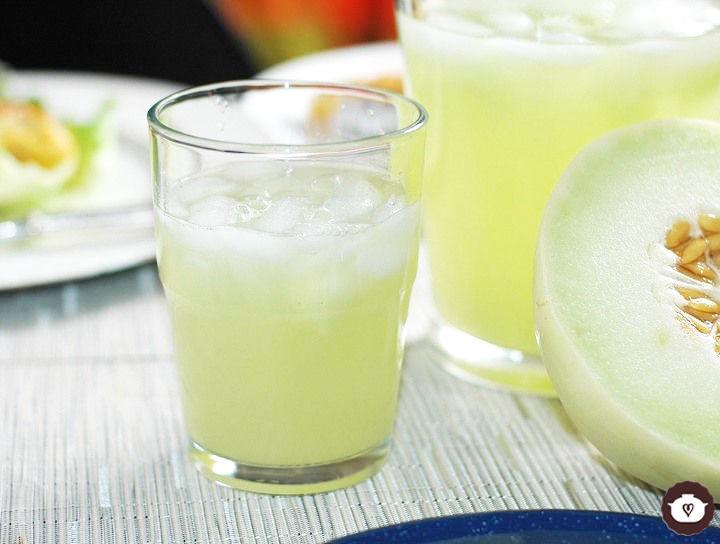 Agua de limón con melón verde