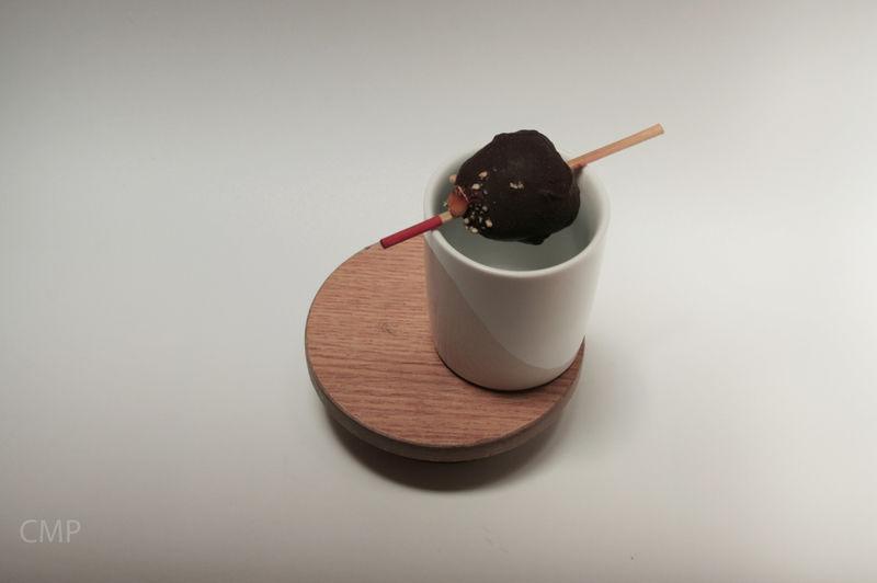 Fresas cubiertas de chocolate y cacahuate