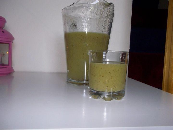 Agua de melón con kiwi
