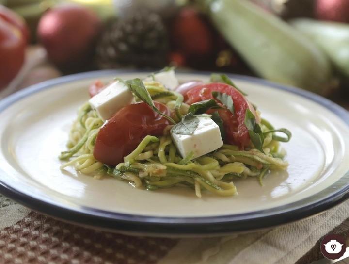 Espagueti de calabacitas con tomate