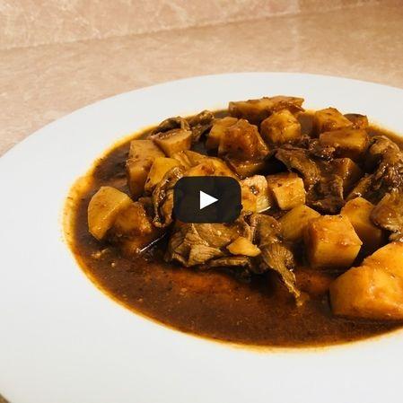Bistec de res en chile pasilla