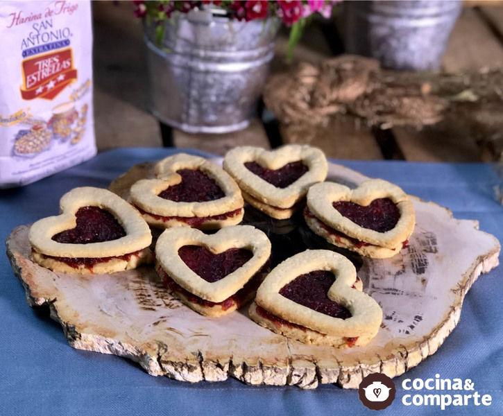 Galletas de San Valentín con mermelada de chilacayote