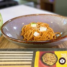 Spaghetti con adobo y chilacayote