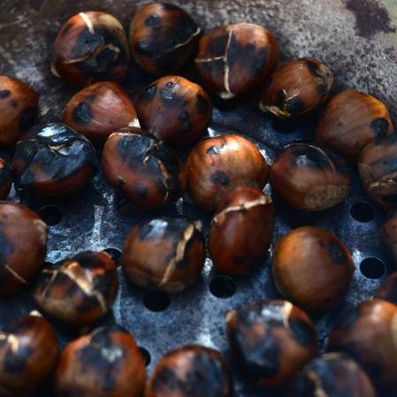 Cómo hacer las tradicionales castañas asadas