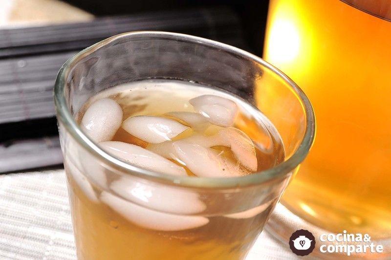 Agua de vainilla con jengibre