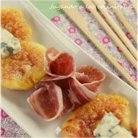Higos con jamón ibérico y queso azul