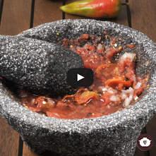 Salsa de jitomate con chile de agua