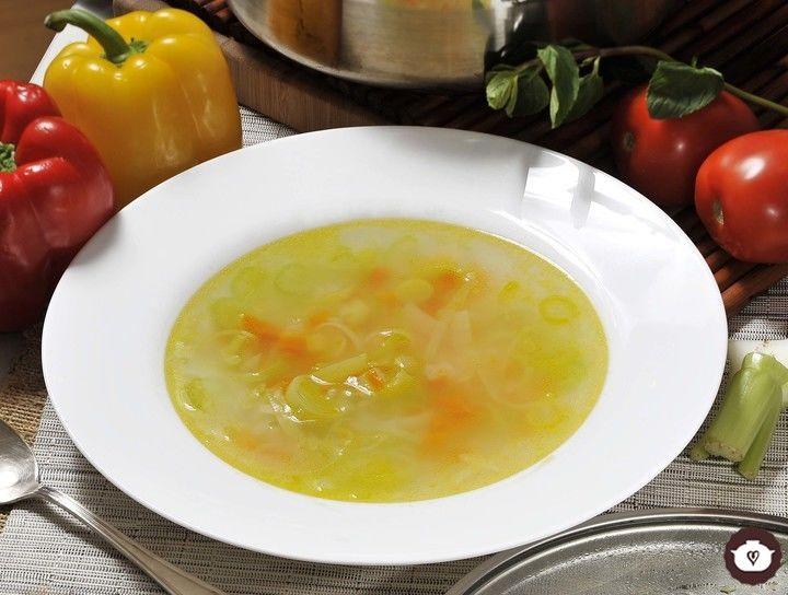 Receta consom de verduras cyc for Cuchara para consome