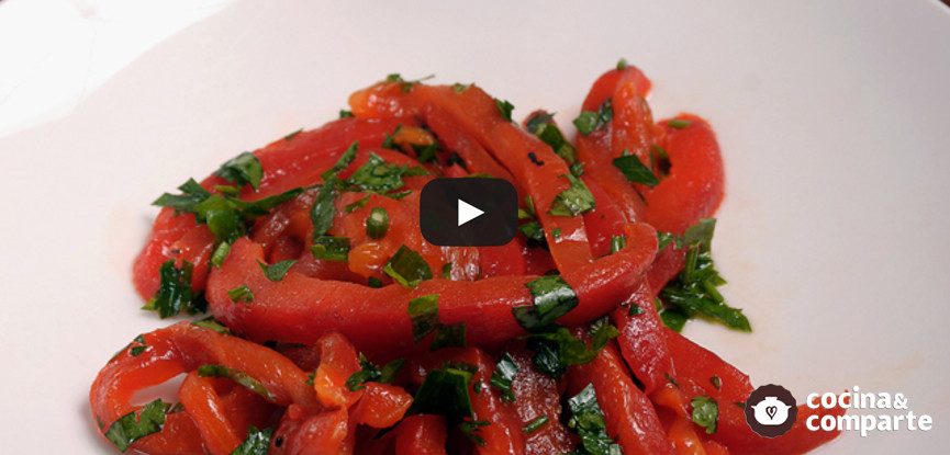 Pimientos rojos marinados y asados