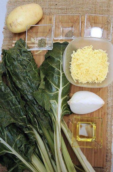 Ingredientes para receta 2 manojos de acelga 1/4 pieza de cebolla blanca 1 pieza de papa blanca 2 cucharadas de aceite de oliva 1/4 cucharita de estragón 1 taza de queso chihuahua rallado Nuevo 1/2 cucharita de sal 1/4 cucharita de pimienta negra molida