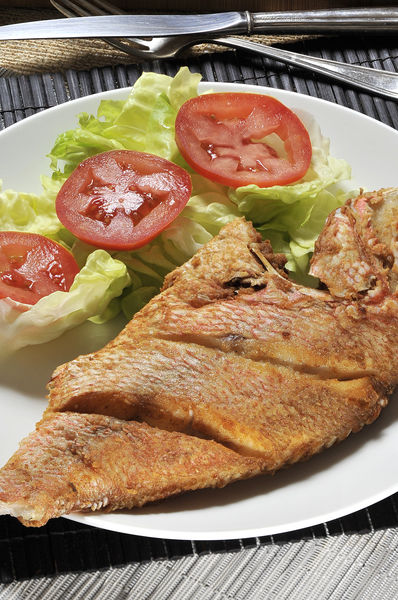 Servir acompañados de arroz y verduras al vapor o ensalada de lechugas.
