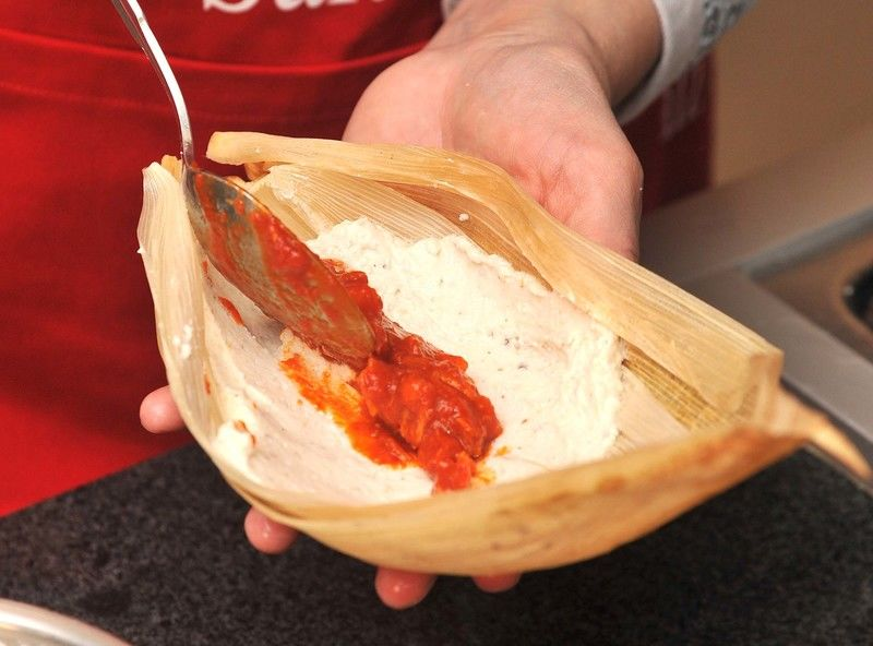Resultado de imagen para preparar tamales