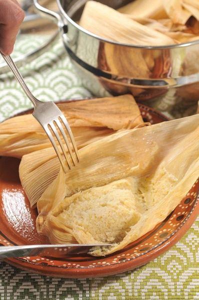 Servir bañados con crema o yogur y acompañados de café o chocolate caliente para la merienda o el desayuno.