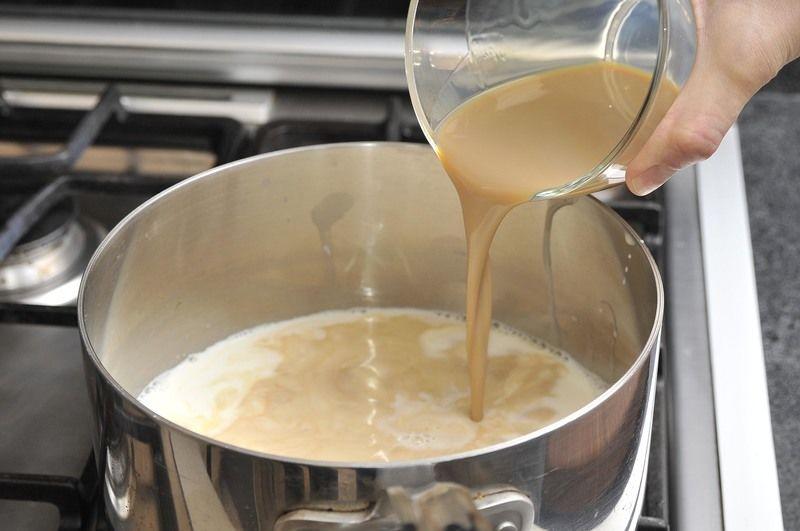 Añadir la crema de Baileys.