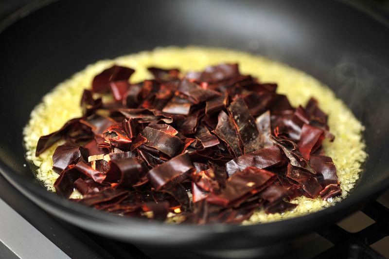 receta de champinones al ajillo con chile guajillo